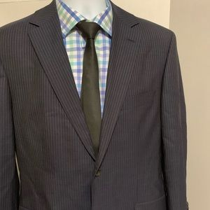 Hugo Boss blue pinstripe 2pc suit 40R.  34W/40L